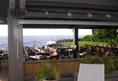 Poolside bar and grill for sale at Kanaloa at Kona Resort