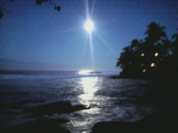 Laimana Moon light