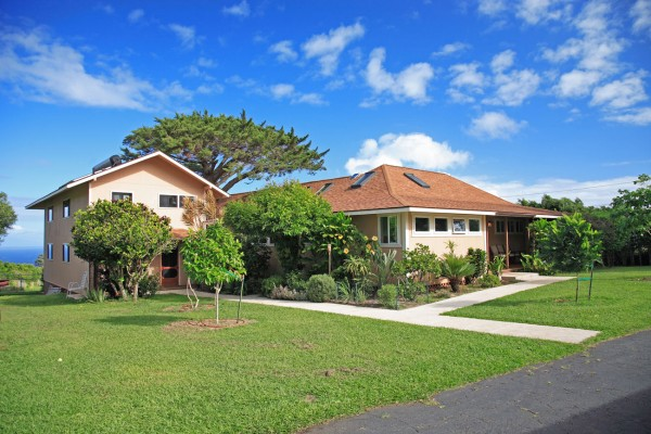 Hawi home for sale with separate guest house