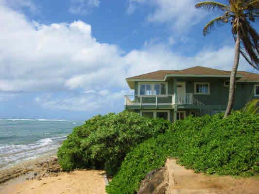 Wailouli beach front house