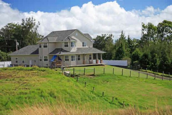 Quality Country Home For Sale In Desirable Mokuloa Subdivision In