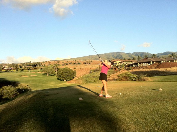 Megan driving the 7th at the Kai Course