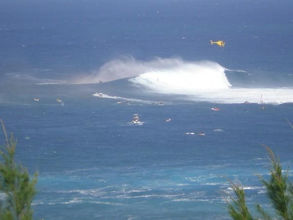 Jaws Maui 1/4/2012