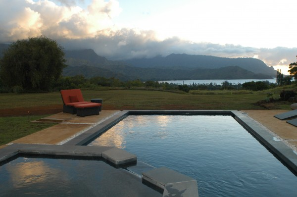 Home with pool overlooking Hanalei Bay