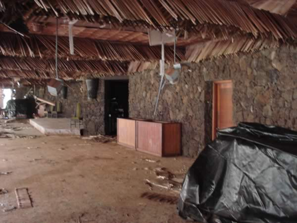 coco-palms-abandoneddiningroom
