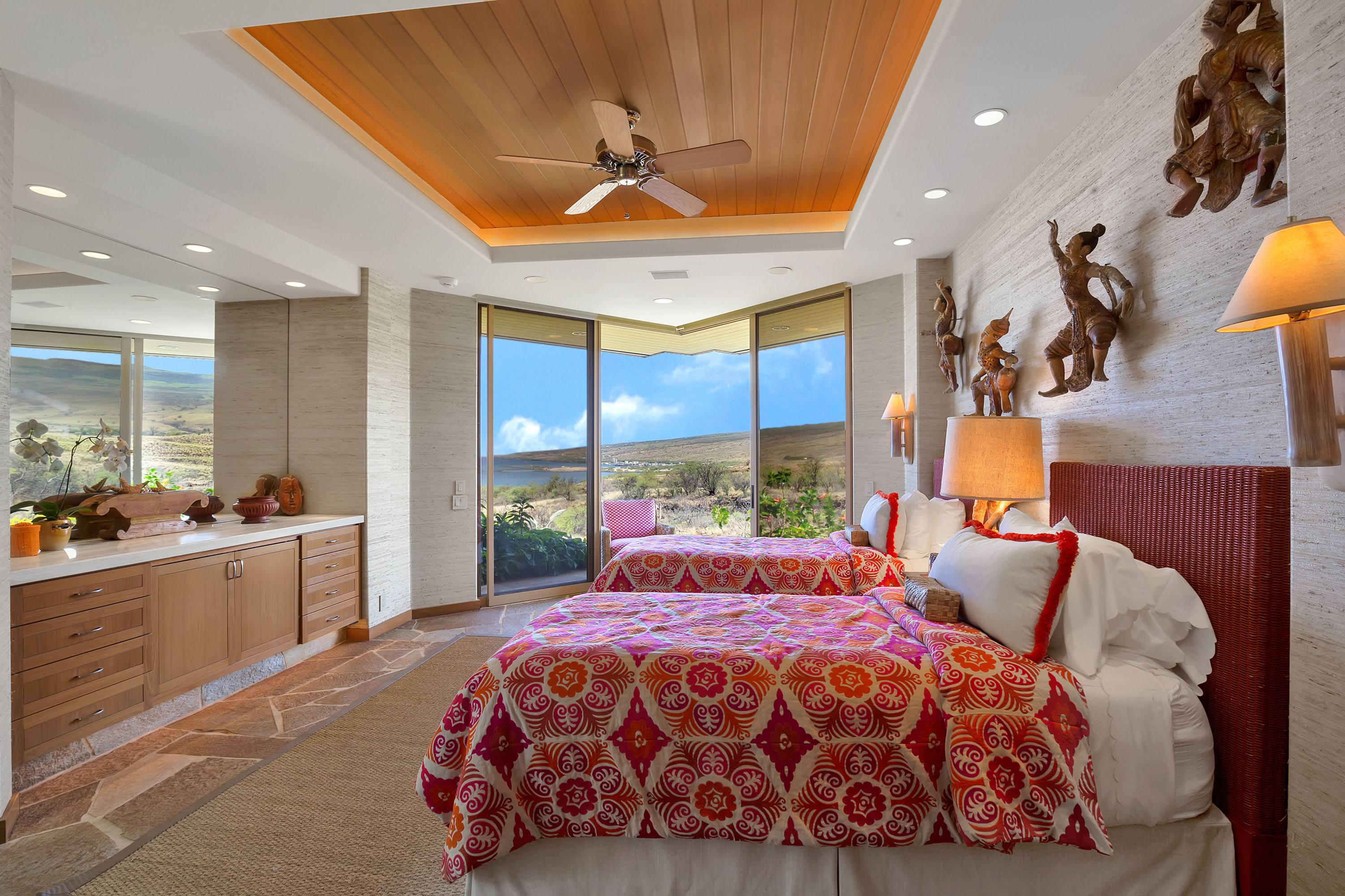 Guest Bedroom Mauna Kea home for sale