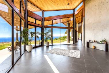 Kohala Mountain Road estate view