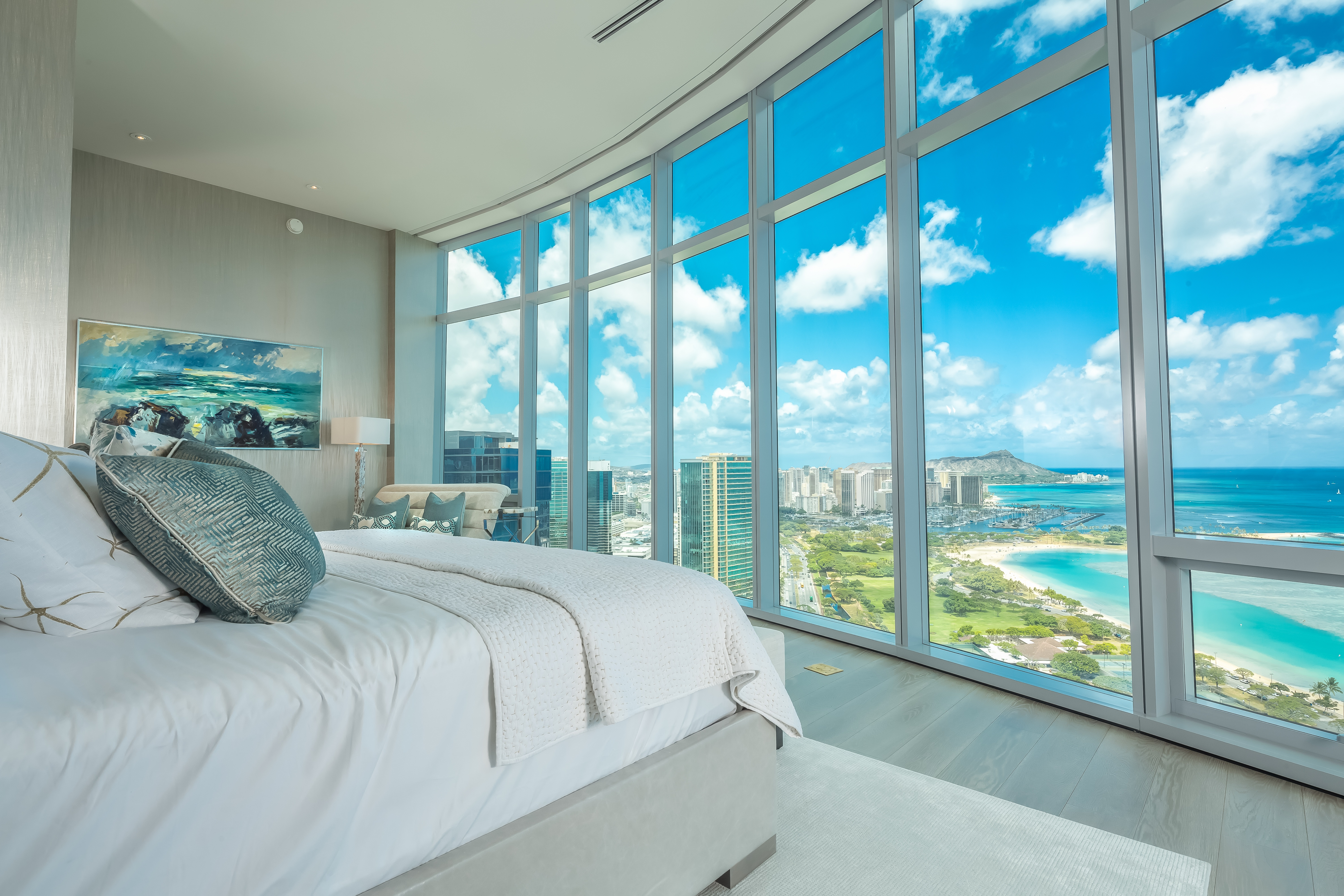 Acclaimed Interior Designer Tony Ingrao Is Situated In The Most Exclusive Tower Residence Hawaii And Rivals Great Penthouses Across Globe