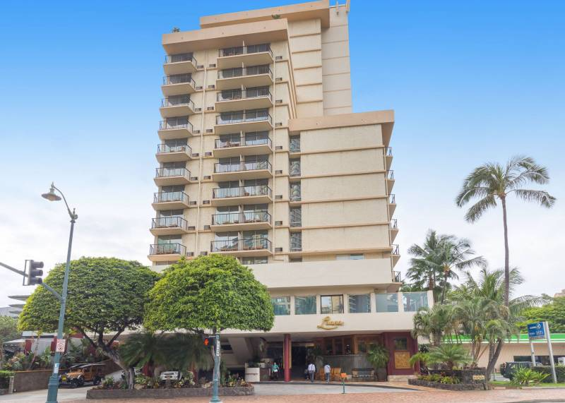 Luana Waikiki exterior