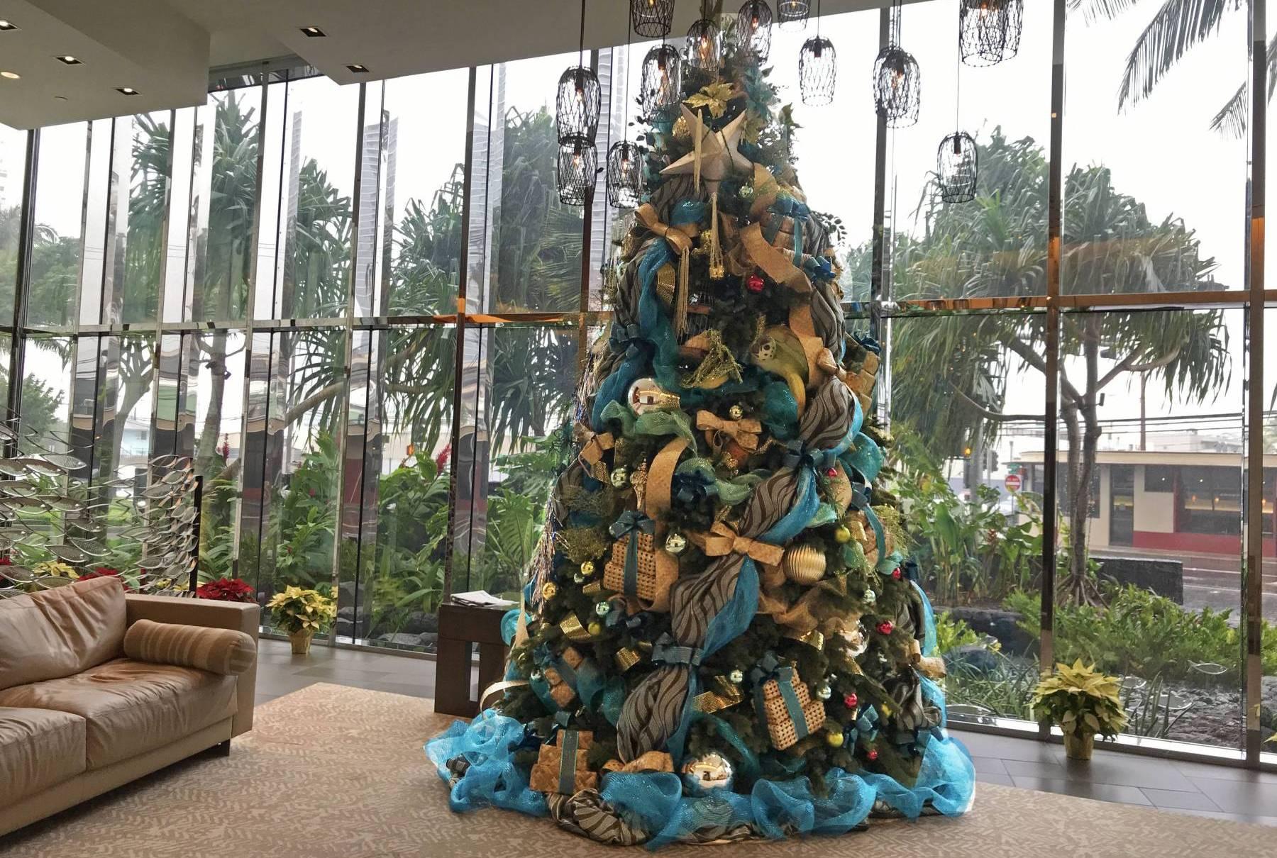 Waihonua Lobby with Decorated Tree