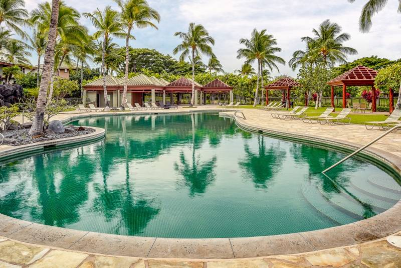pool on big island