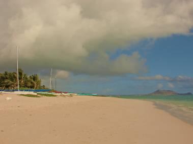 Lanikai Beach by YvonneAhearn