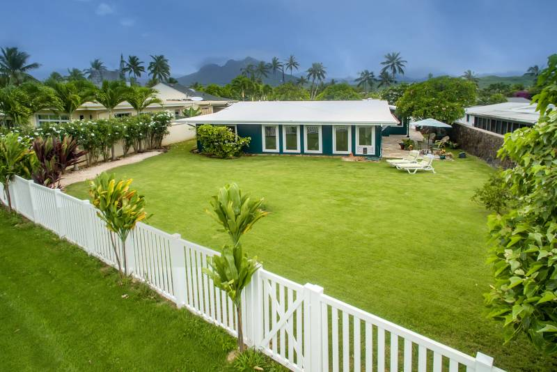 living in kailua enchanted lake home at 463 Iana street