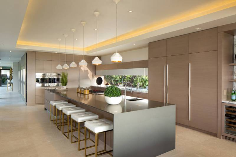 Here Is Another Example Of A Big Kitchen Island, This One From A Hualalai  Resort Home Listing: