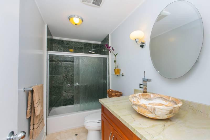 Olomana Kailua home for sale bathroom