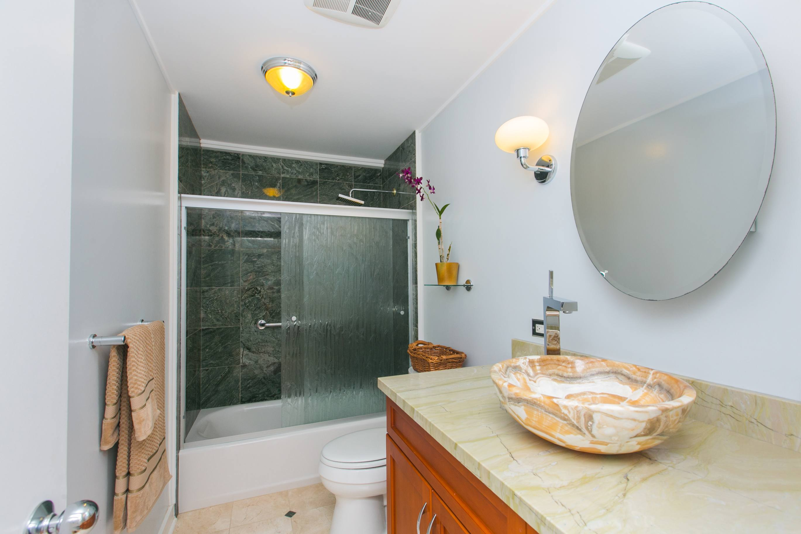 Olomana Kailua home for sale bathroom