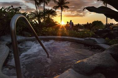 Sunset hottub Halii Kai