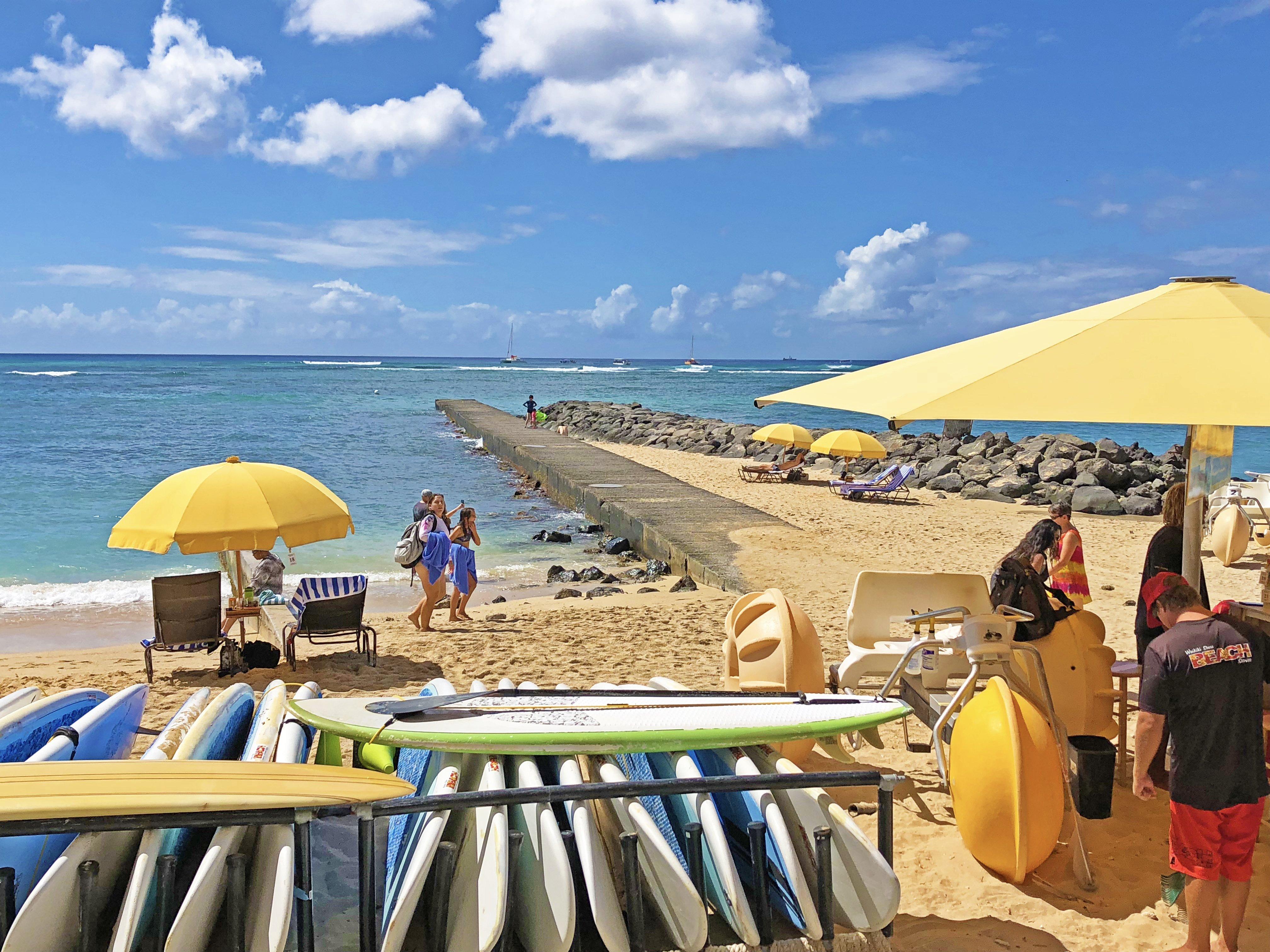beachfrontwaikikishorecondo