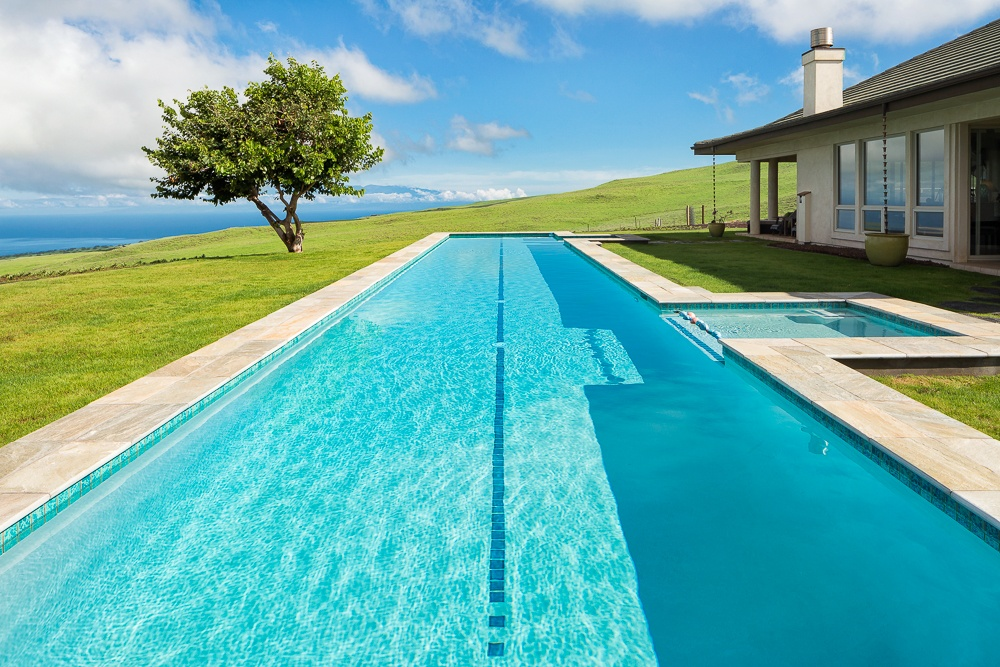 Kohala Ranch home with pool and separate guest quarters