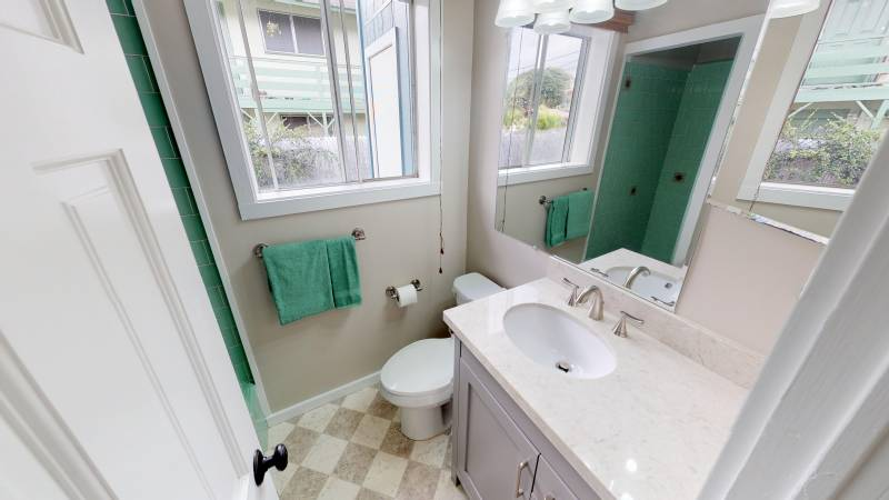 Bathroom of 238 Hualani Street
