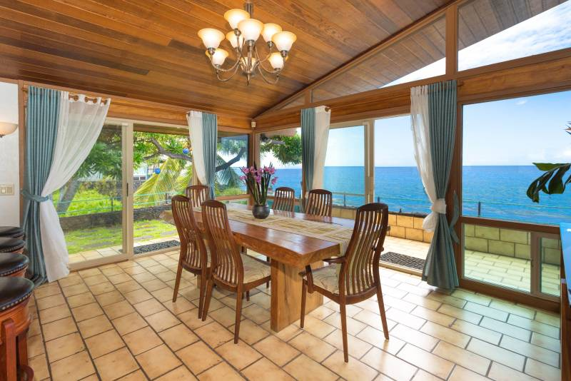 Dining area and southern view where Kahalu'u has surf