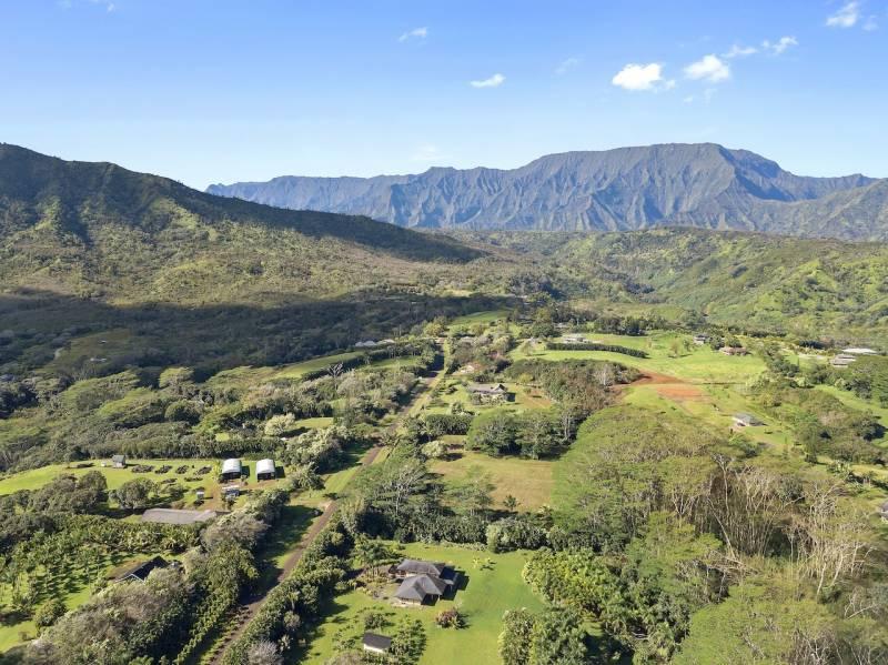 Kalihiwai Ridge