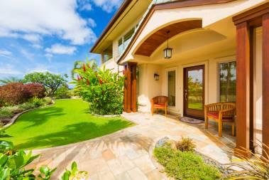 Entryway of luxury home Kahala Oahu