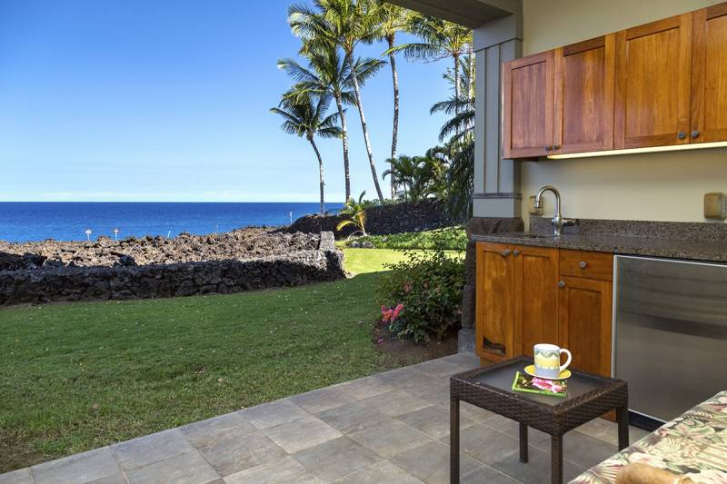 Halii Kai 15C oceanfront condo for sale