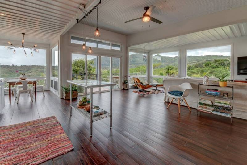 OPEN FLOOR PLAN WITH PANORAMIC VIEWS