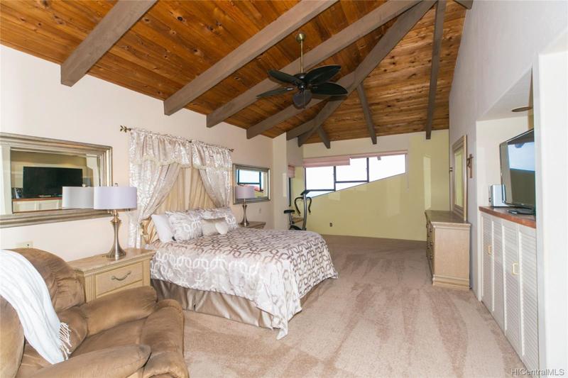 Hawaii loa bedroom