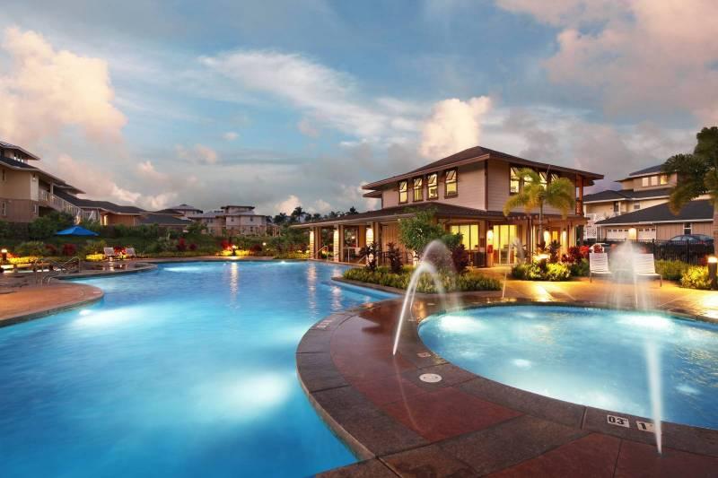 Pili Mai Pool at Sunset