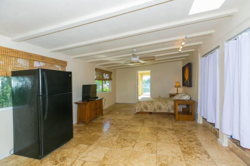 Large Bedroom or Potential Rental - 436 Iliwahi