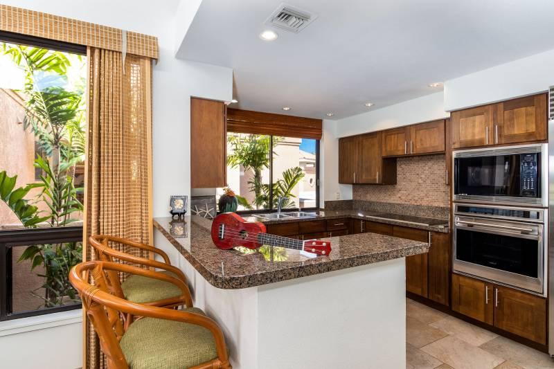 Exceptionally Rare Condo Exceptionally Renovated The Bay Club 621 At Waikoloa Resort Hawaii Real Estate Market Trends Hawaii Life