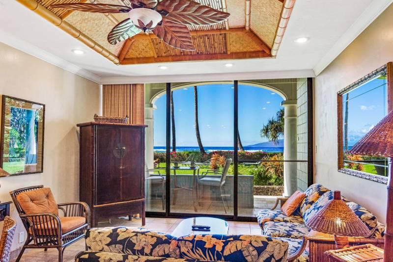 ocean views Lahaina Shores Beach Resort 121