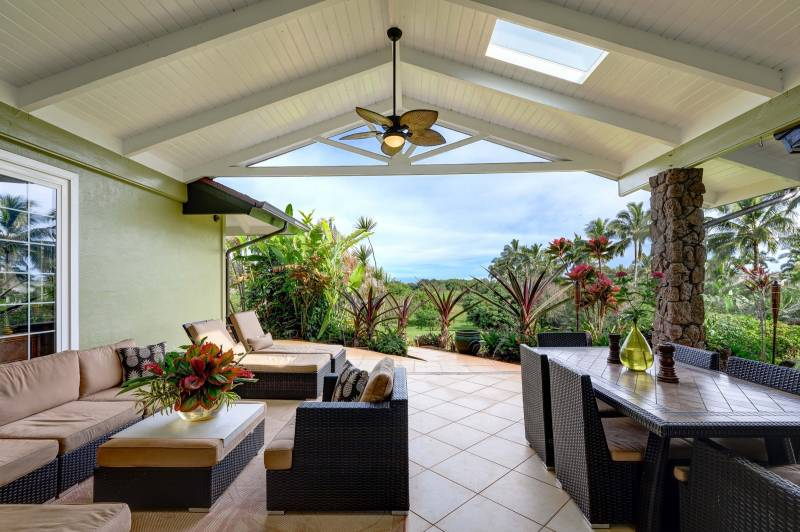 Large Covered Outdoor Terrace - MLS 636501