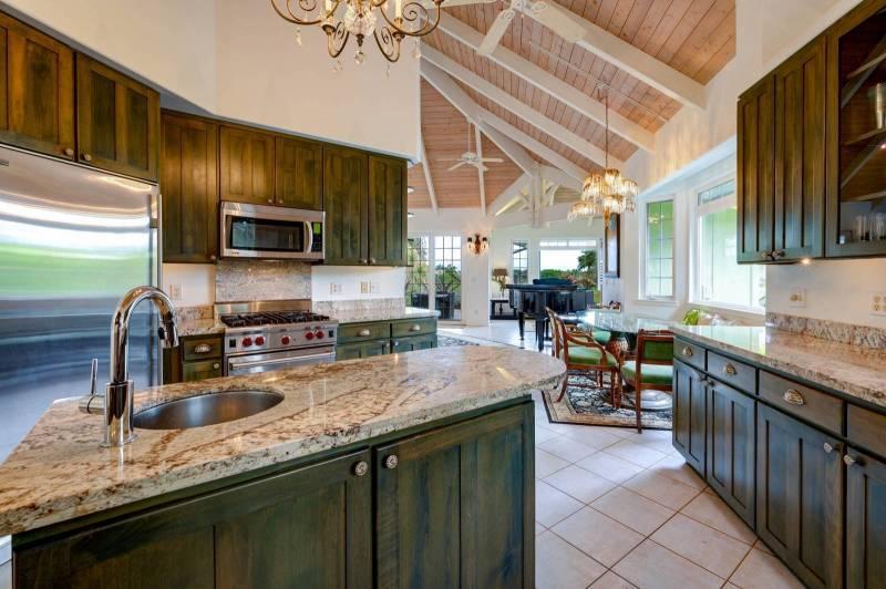 Gourmet Kitchen - MLS 636501
