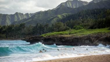 kauai beach and mountains