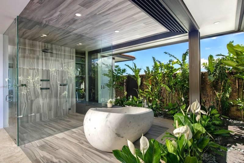 Most Beautiful Bathrooms In Hawaii Hawaii Real Estate Market Trends Hawaii Life
