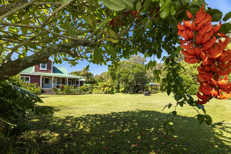 Plantation era home on Beers Road for sale