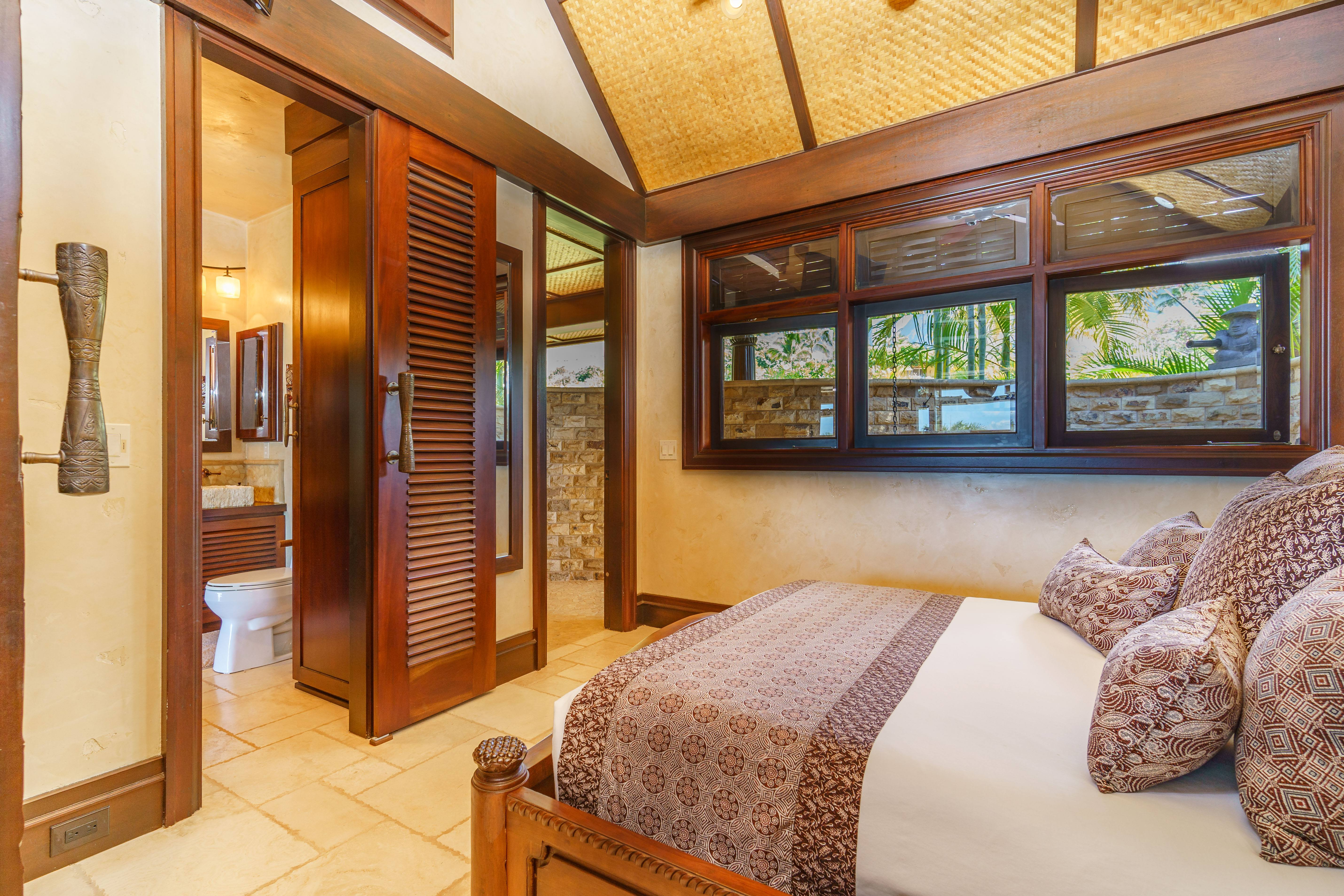 bedroom in Balinese-style estate in Launiupoko maui