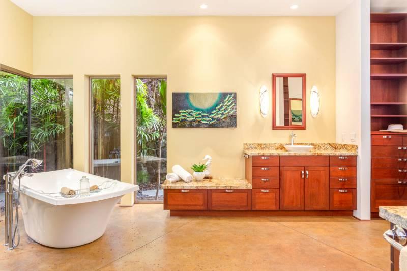 master bathroom 76-6336 Kilohana Street, Kailua Kona