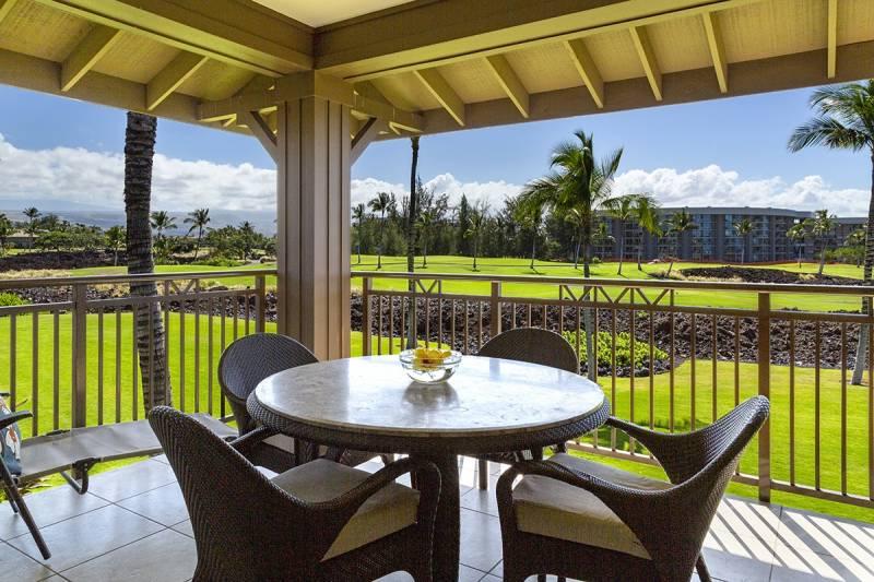 Hilton Waikoloa Village from Hallii Kai