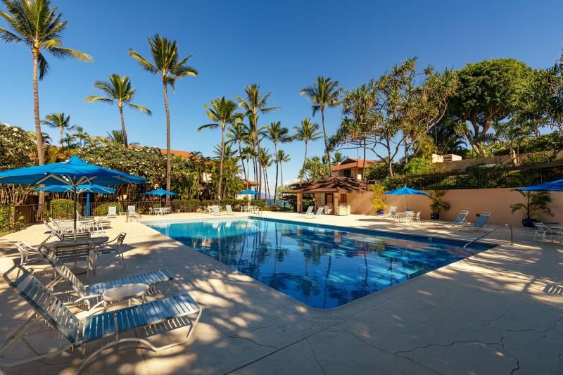 pool at Makena Surf