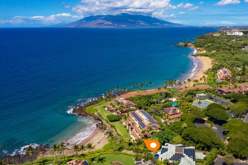 aerial view Makena Surf G201