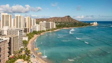 view of diamond head and waikiki