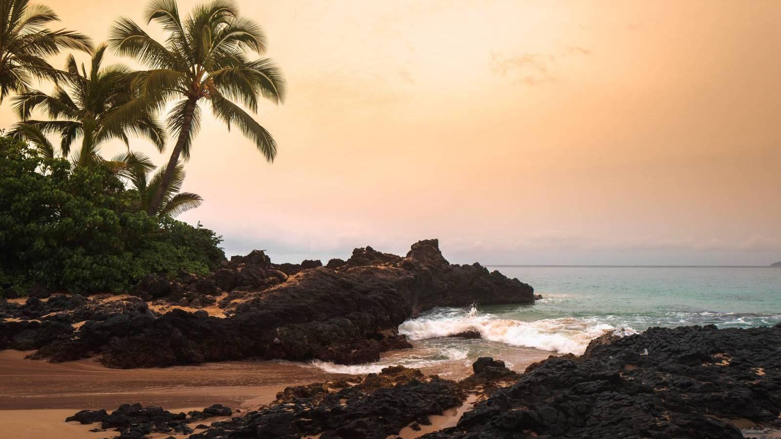 beautiful oahu hawaii beach at sunset