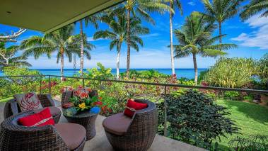 oceanfront lanai on north shore kauai