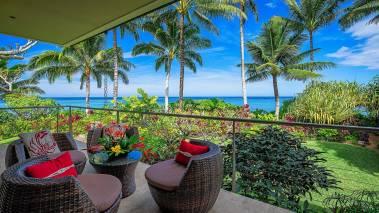 oceanfront lanai on north shore kauai