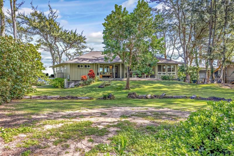 idyllic hawaii beach house on oahu