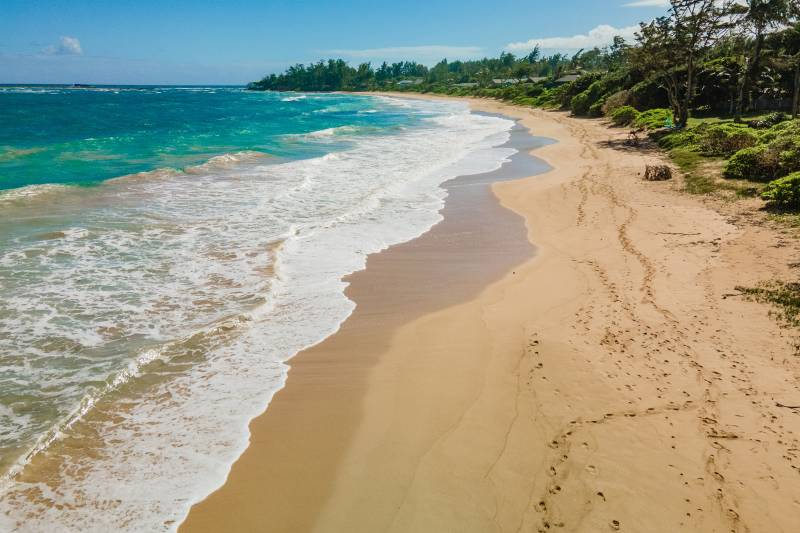 Malaekahana beach north shore oahu